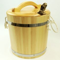 Запарник с крышкой (с пластиковой вставкой) под лак 20 литров, кедр